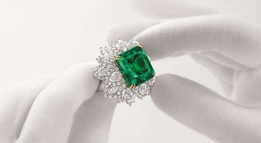 神奇「祖母綠」有裂縫卻值天價!小小一顆直逼 1.5 億台幣