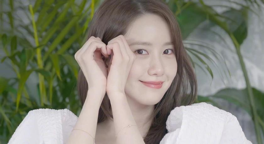 潤娥 31 歲生日直播慶生!穿「白雪公主洋裝」被狂讚像少女