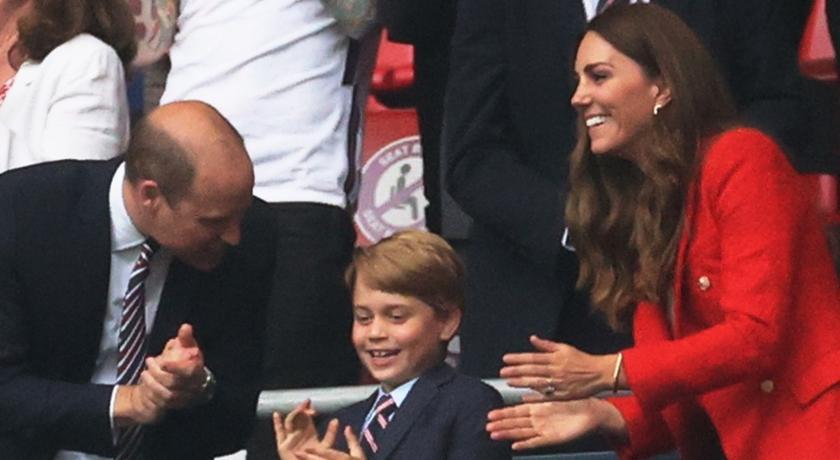 威廉凱特一家觀歐國盃!喬治小王子「穿西裝」成超萌吉祥物