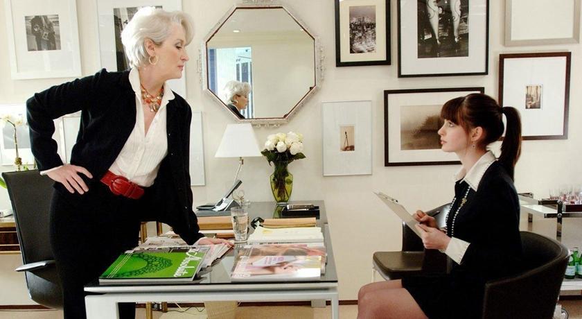 《穿著Prada的惡魔》15年後將再度合作!梅姨、小安4大主演攜手為了「它」