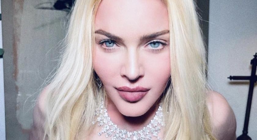 63 歲瑪丹娜超狂發「上空全裸照」!網友臉綠頻傳嘔吐符號