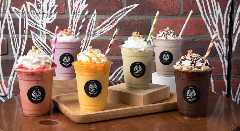 「水果尬燕麥奶」健康又消暑!Kiehl's 咖啡店推當令限定飲品