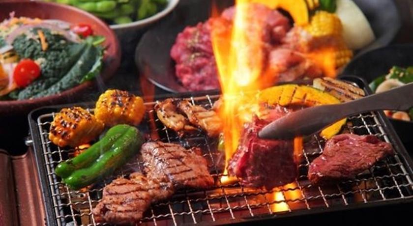 中秋烤肉小心「熱量陷阱」!營養師最害怕的大魔王是「它」