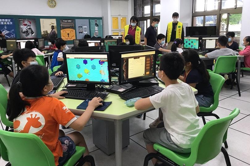 國泰人壽力推反毒教育 守護校園健康