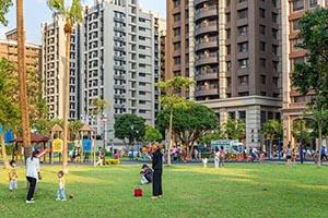 擁抱公園學區 涵悅+全齡樂活環境