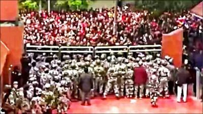 自由廣場》上海看不到的四川少年