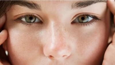 醫療新知與日常保健》毛孔粗大能靠療程改善?