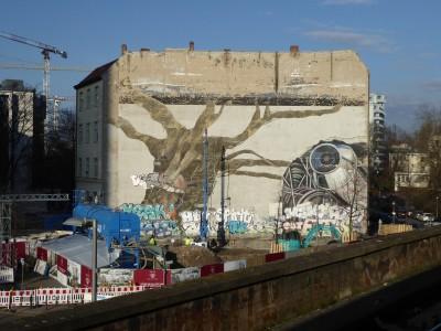 歐洲之心》註定消逝的創作:柏林壁畫藝術背後