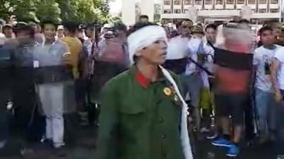 胡,怎麼說》鎮江市、鎮江街,兩個世界,老兵抗爭,命運大不同...