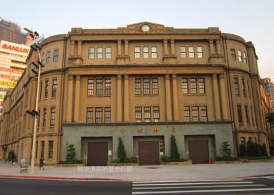 時空偵探的歷史行腳》歷經多次改建的台北郵局,為何會被市府譽為「西區最大鑽石」?