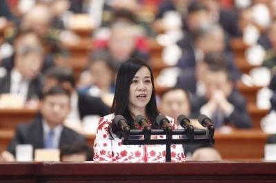 自由開講》是不是平凡的女孩不是重點,能依法行政才是台灣和中國最大差別
