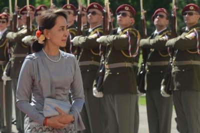 超A評論》「維穩」還是「維權」?緬甸軍方的干政野心