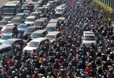 超A評論》雅加達的交通困境與解決方案