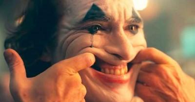 恐懼鳥》《小丑》影評:完美演繹一個反社會者的誕生(含劇透)