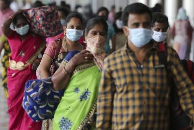 一路向南》「咖哩神話」破滅後的防疫現實:印度的作為與挑戰