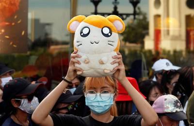 菜市場政治學》「一起跑吧!哈姆太郎Khrap!」及泰國學運:在抗議活動中跳舞只是好玩?