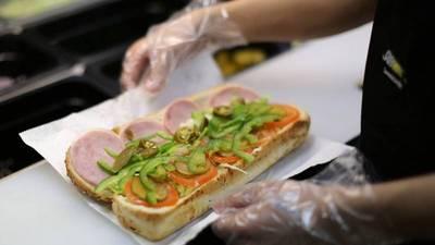 韋恩的食農生活》Subway被愛爾蘭法院判定不算麵包?! 看看古代黑心麵包師的下場!
