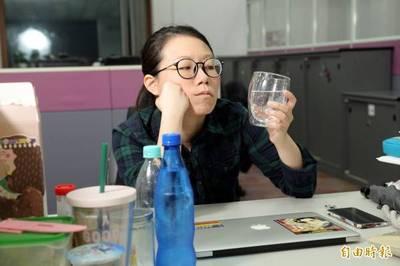 健康醫療網》「氣泡水」當水喝? 這些人當心胃食道逆流