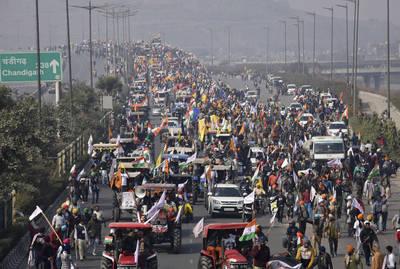 鬼王來鬼扯》開拖拉機進城抗議的印度農民到底出了啥事?