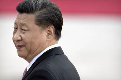 胡,怎麼說》習近平在夢啥?在做他中國偉大皇帝迷夢!
