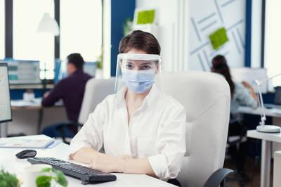 健康醫療網》如何佩戴和清潔面罩? 這樣做落實日常防護
