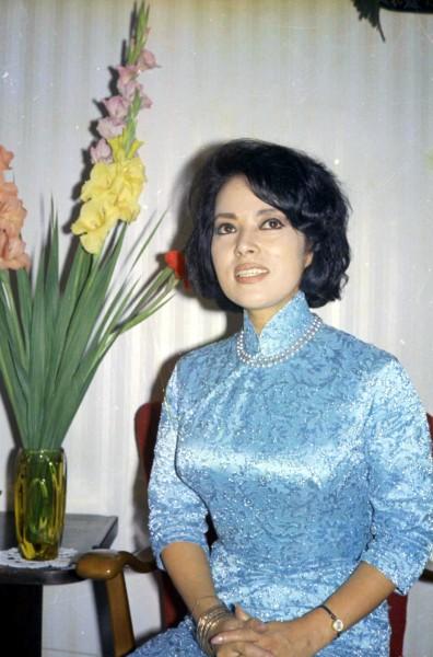 曾以李香蘭之名,中日抗戰期間從事歌唱、演藝事業的日本前參議員山口淑子,於7日病逝,享耆壽94歲。(資料照,中央社)