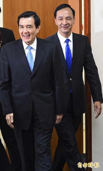 朱立倫(右、)馬英九(左)。(資料照,記者張嘉明攝)