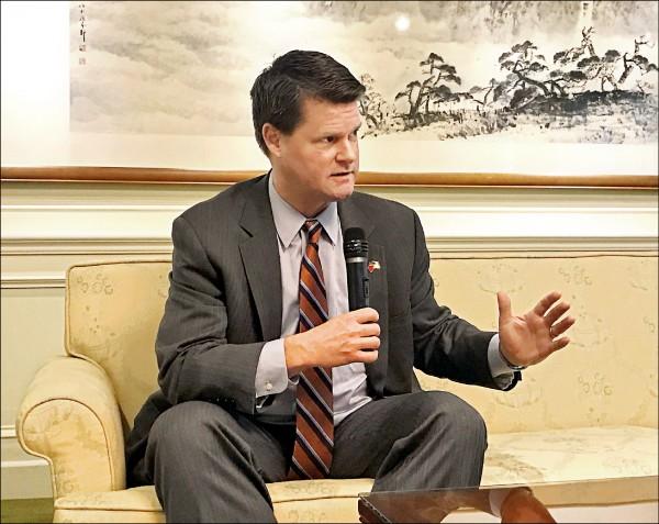 美國國防部亞太助理部長薛瑞福 (圖取自中央社)