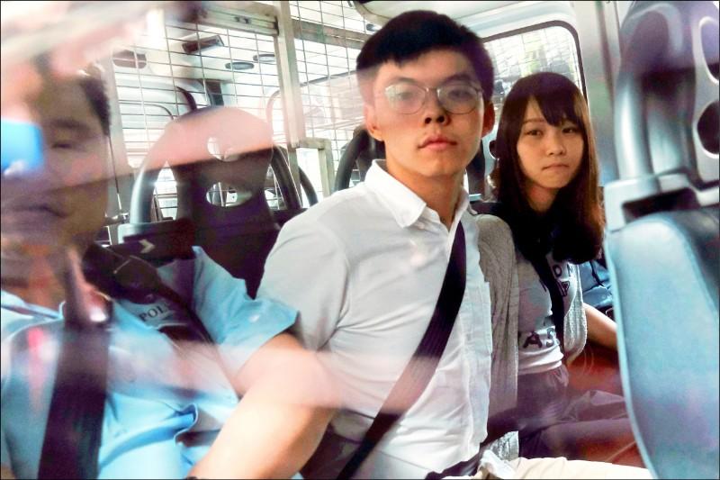 香港:習近平從不准見血到默認強壓