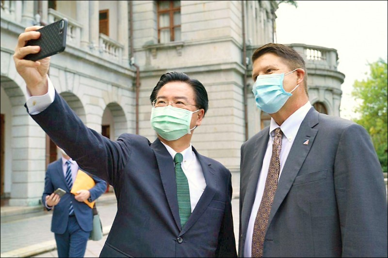 星期專論》台灣可以成為美國的下一個新加坡