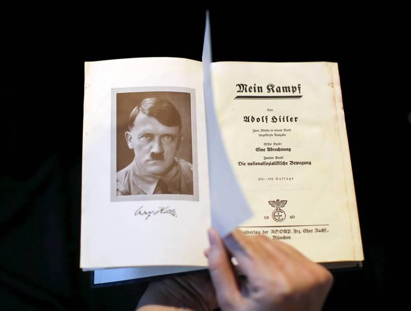 希特勒、柯文哲、毛澤東